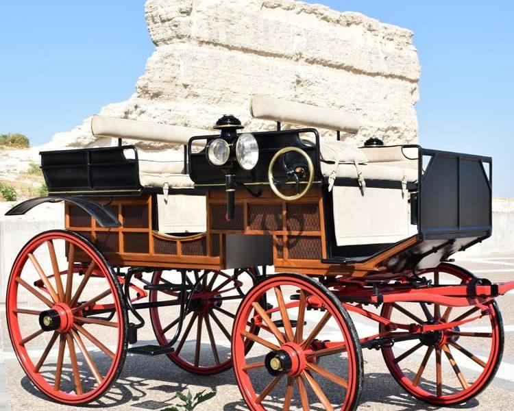 Restauración carruaje Break Húngaro siglo XIX