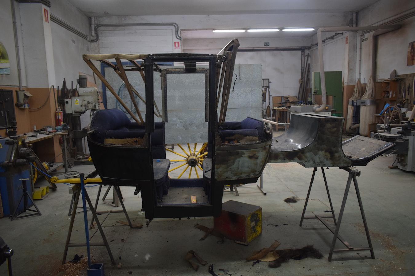 168-restauracion-carruaje-landau-detalle-3