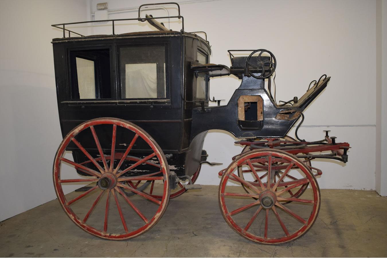169-restauracion-carruaje-omnibus-detalle-1